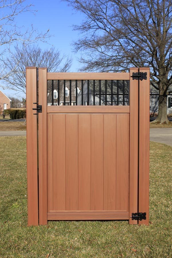 Build A Good Wooden Fence Gate Clinton Fence Company