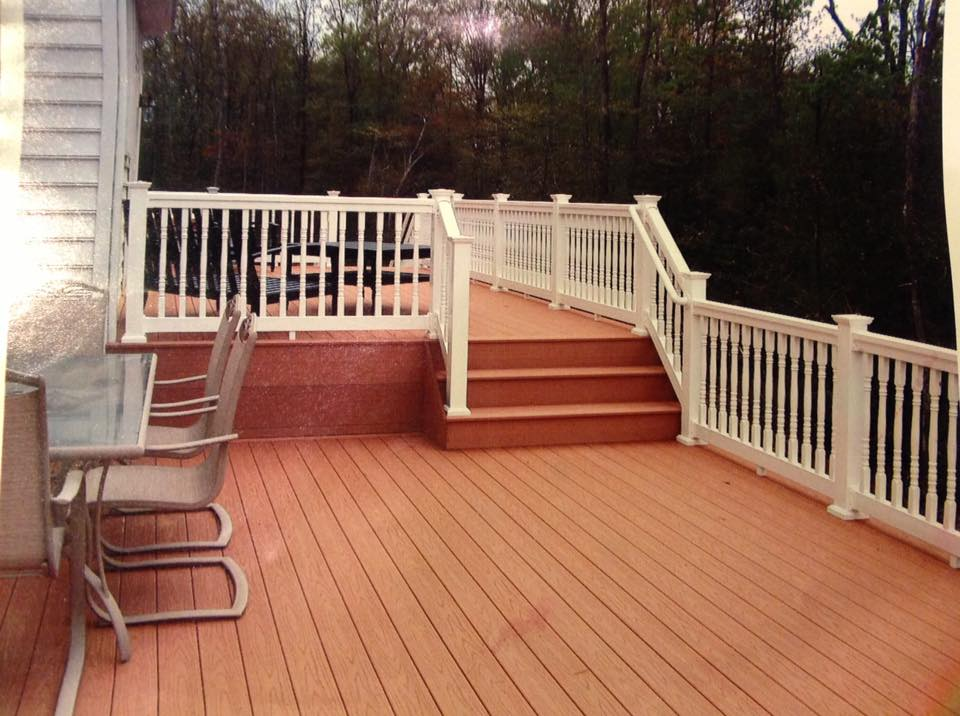 residential deck fencing in Cobb Island