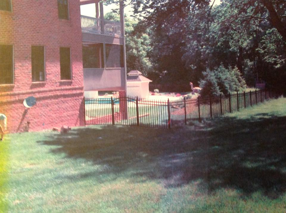 garden fence in Drum Point