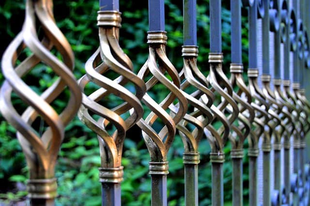 Aluminum Fence gate design in Prince Frederick