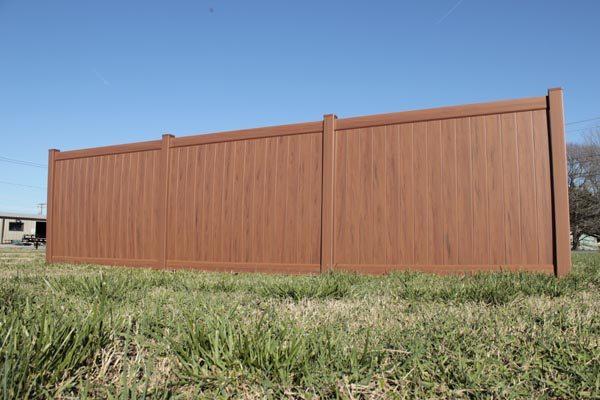 Southern MD Vinyl Fence - Model #0174